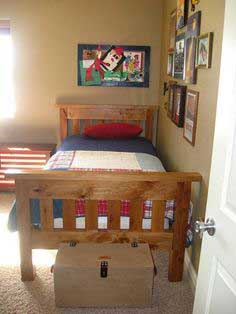 Build a Simple Bed, Full Size | Free and Easy DIY Project and Furniture Plans