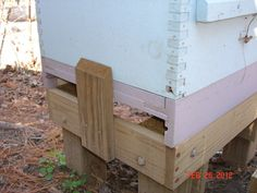 Build a Bee Hive Stand