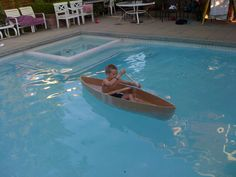 Cardboard Canoe for the Pool