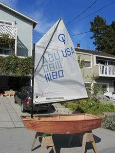 Optimist sailboat build