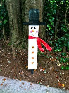 Snowman Yard Ornament - Inexpensive Gift