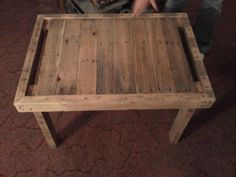 Pallet End Table from Reused Wood