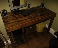 Pallet wood desk tutorial