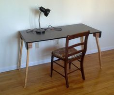 Adjustable height formica desk with folding legs – tutorial