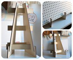 Laser cut easels plans