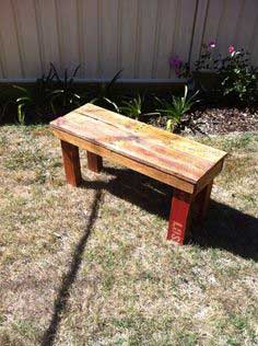 Reclaimed Pallet Wood Bench