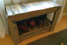 Make a Wood Pallet Shoe Bench