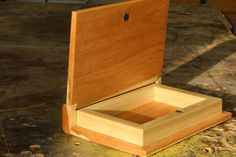 Over 90 jewelry box plans for How to make a ring box out of wood