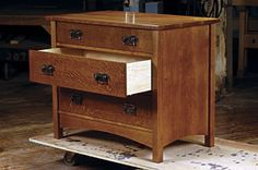 Build Arts & Crafts Dresser