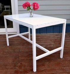 HARRIET OUTDOOR DINING TABLE FOR SMALL SPACES