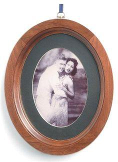 Oval Picture Frames