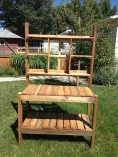 Recycled Garden Potting Bench