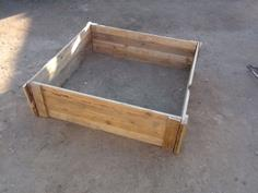 Garden box from wood pallets
