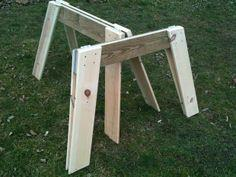 Simple Folding Sawhorses