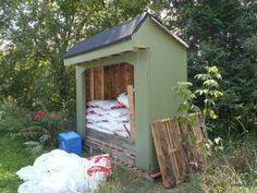 Wood Pallet Storage Shed