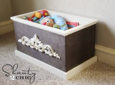 DIY Wood Toy Box