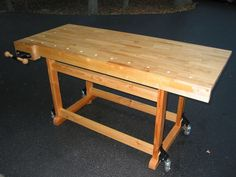 Woodworkers Workbench