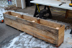pallet planter tutorial