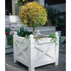 Build a Versailles planter
